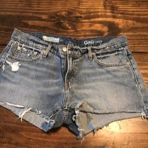 Gap distressed denim cut off shorts